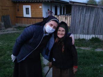 Ayuda de personas generosas: Rumania