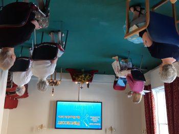 La comunidad de York en la misa virtual de Pentecostés en la Comunidad de San Bede