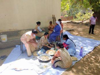 Llegar a los necesitados – Desde la provincia de Delhi
